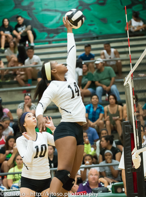 Southwest sophomore Brie-Anna Armstrong had one block in the Dragons' 25-21, 25-13, 25-20 win over Highlands at Southwest.