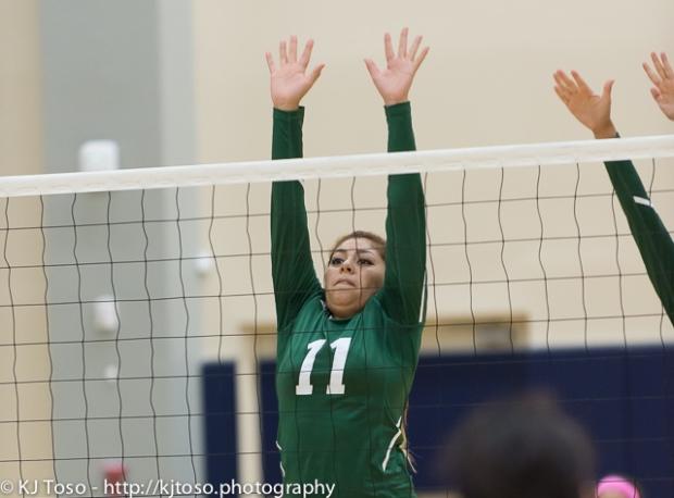 Southwest senior middle blocker Kassy Cruz